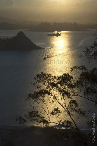 Por do sol na Baía de Guanabara
