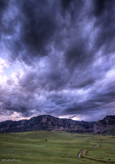 Rocky Mountain Storm Clouds (tappit_01) Tags: mountains colorado flatiron stormclouds bouldercolorado summerstorm boulderopenspace coloradothunderstorms therebeastormabrewin