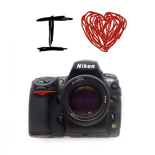 I (L) Nikon D700