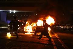 Fogo (Bruno Fraiha) Tags: carro sjc elaine fogo incendio eugenio bombeiro bfstudio brunofraiha