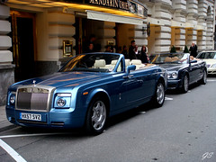 Rolls-Royce Phantom Drophead Coup & Bentley Azure (Germanspotter) Tags: auto street car germany munich mnchen deutschland nice azure rollsroyce exotic phantom 2008 luxury find bentley coup combo drophead germanspotter