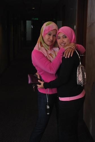 farah & Suria