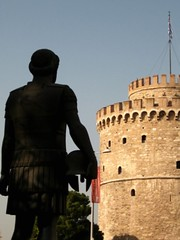Philippus II Meditating (V and the Bats) Tags: statue landmarks thessaloniki whitetower asymbol   greecethroughmyeyes wellrecognizablelandmarksofthessaloniki thessalonikissymbol philippusii  thelivesofalexander