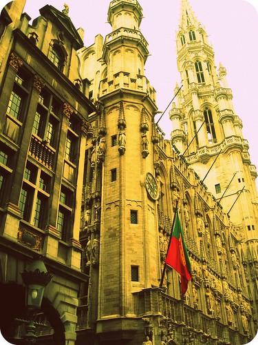 Hotel de Ville sideview