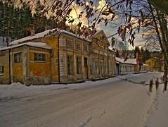 Bahnhofsgebäude in Kraslice (drm73photographie) Tags: winter station canon is flickr republic czech railway bahnhof tschechien hdr 860 kraslice canonixus860is drm73 drmseventythree