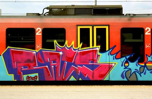 slo train 006 by pirano