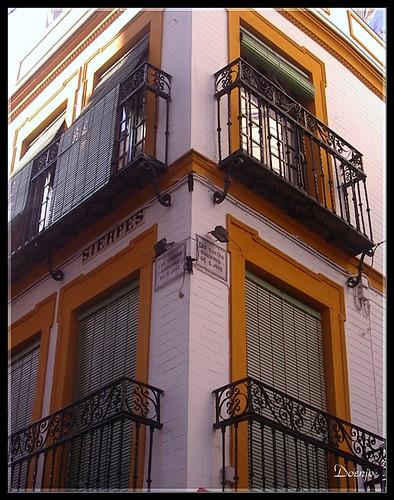 Calle Sierpes (Las cuatro esquinas de San José)