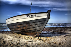 Boat on Rugen Beach (James_bla) Tags: sea beach boat hdr binz rugen photomatix pseudohdr kurdistan4all rugenisland