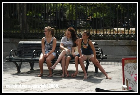 DSC_0090-FAMILY-ON-BENCH