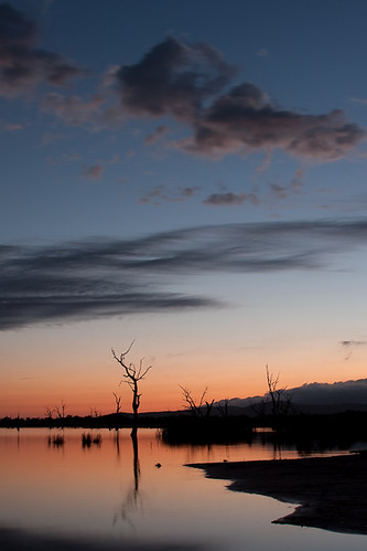 Lake Fyans sunrise