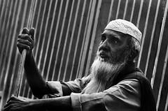 আমি অপার হয়ে বসে আছি (ταηjεεr) Tags: street people nikon blind homeless dhaka bangladesh blindness d7000
