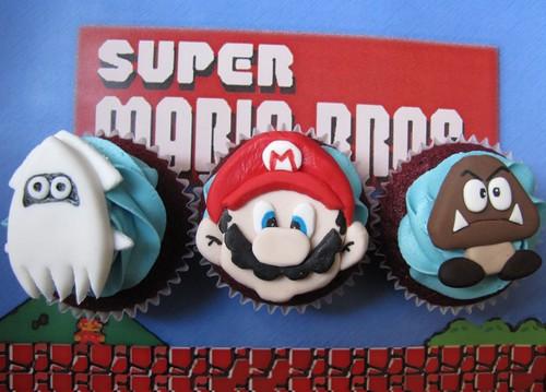Nintendo Super Mario Bros Cupcakes
