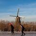 Patinando junto a los molinos de viento