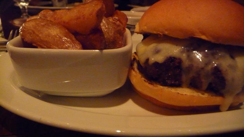 Burger at Irving Mill