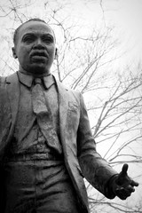 Dr Martin Luther King Jr (Ronaldo F Cabuhat) Tags: portrait blakandwhite monument statue canon picture mlk martinlutherkingjr drmartinlutherkingjr ihaveadream martinlutherkingjrday cabuhat