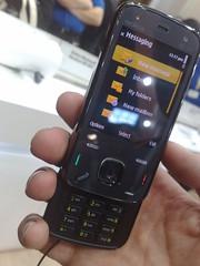 Nokia N86 (open)