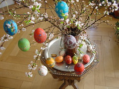Decorated Easter eggs (olga_rashida) Tags: easter eggs ostern ei easteregg eier ostereier blumenstraus abigfave decoratedeastereggs