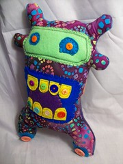 (LittleCritters00) Tags: green purple little critter awesome felt plush odd plushie artdoll werid plushteam