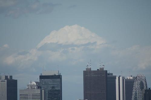 富士山みたいな雲