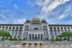 Palace Of Justice / Istana Kehakiman II (Firdaus Mahadi) Tags: building museum landscape landscapes architechture nikon scenery view flag flags pointofview views malaysia dome chamber judge government courts putrajaya complex chambers hdr highdynamicrange judges sceneries pemandangan palaceofjustice kubah bangunan mahkamah bendera kompleks 5exposures kerajaan federalcourts kerajaanmalaysia istanakehakiman tokina1116mmf28 malaysiangovernment firdausmahadi firdaus peguam mahkamahpersekutuan