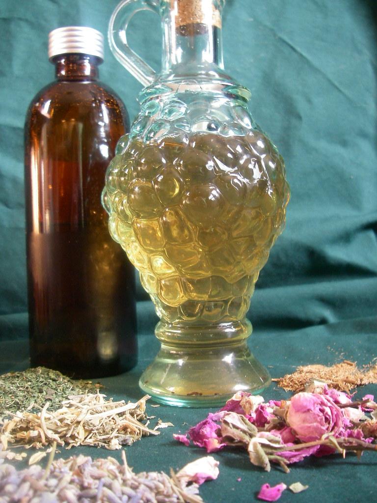 Organic Medieval Lavender Healing Herbal Vinegar Toner by MisticalAcScents.etsy.com