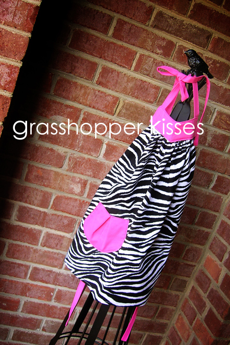 girl's zebra with hot pink fits 2T-5