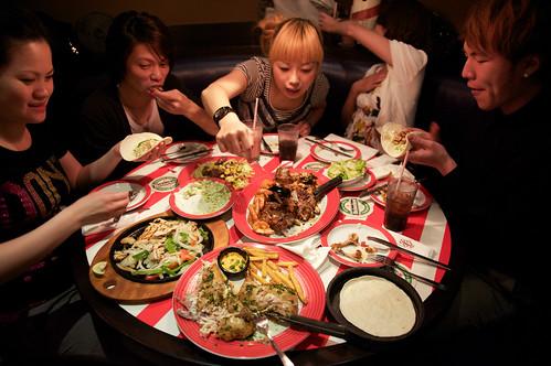 【聚餐】桃園館fridays聚餐