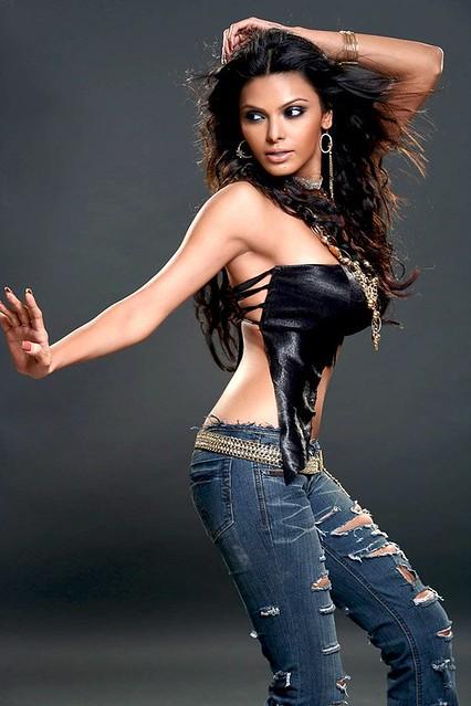 sherlyn chopra www.picsmall.com 019- by Bollywood Photos