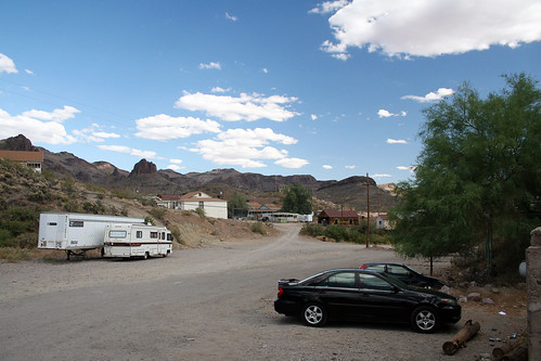 Oatman - A Better Place to Park
