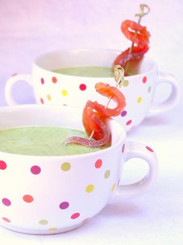 Zucchine, yogurt e salmone