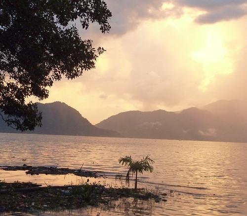 Sumatra-Lac Maninjau (69)
