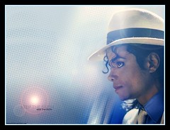 Michael Jackson (theoneworld.of_thenamelessone) Tags: dangerous bad michaeljackson moonwalker thriller presse jackson5 smoothcriminal dirtydiana