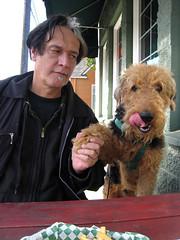 Do Not Deny Your Airedale Some Fries (Lulu Hller) Tags: dog portland se blog fries bogart hawthorne fishhouse airedaleterrier