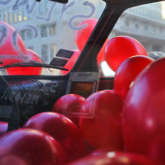 Way to escape (cyv2) Tags: winter red car baloon poland polska warszawa varsovie pologne acertainratio waytoescape mindmadeup