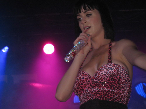 Katy Perry paris 02/03