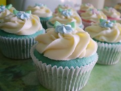 Vanilla and Vanilla Cupcakes (Baked by Michelle) Tags: pink blue cupcake swirl frosting sugarflower