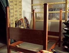 Red Oak Shaker Bed (Jesse Gardner) Tags: bed furniture shaker redoak