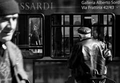 (Leila Jouyandeh) Tags: people bw italy man rome human 28135mm homme humain 40d