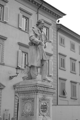 Statua Giuseppe Mazzoni