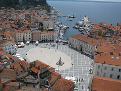 Piran - Slovenia (Been Around) Tags: europe eu slovenia piazza piran slowenien 2009 slo adria istria istra pirano istrien tartini 5photosaday piazzatartini istarska worldtrekker sloveniji obinapiran republikisloveniji
