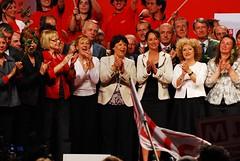 Maria Badia amb les dirigents del Partit Socialista Francè, Ségolène Royal i Martine Aurbry (2009)