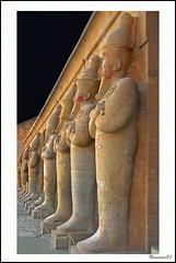 (912) Hatschepsut Tempel / Egypt (unicorn 81) Tags: africa old travel history statue trekking wow geotagged interestingness northafrica perspective egypt explore egyptian greatshot egipto 2009 gypten egitto hatshepsut egypte reise kickass egypten ancientegypt rundreise roundtrip egipt gypte mapegypt templeofhatshepsut misr nordafrika theben egypttrip ausgezeichnet deiralbahri explorephoto april2009 gypten aegyptus statueface  medalled gyptusintertravel gyptenreise schulzaktivreisen fdsflickstoys meinjahr2009