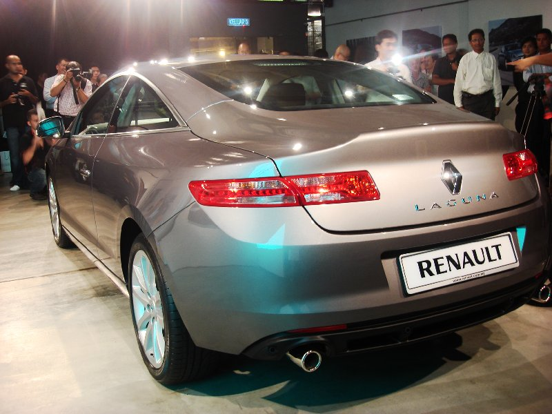 Renault Laguna Coupe - back and side