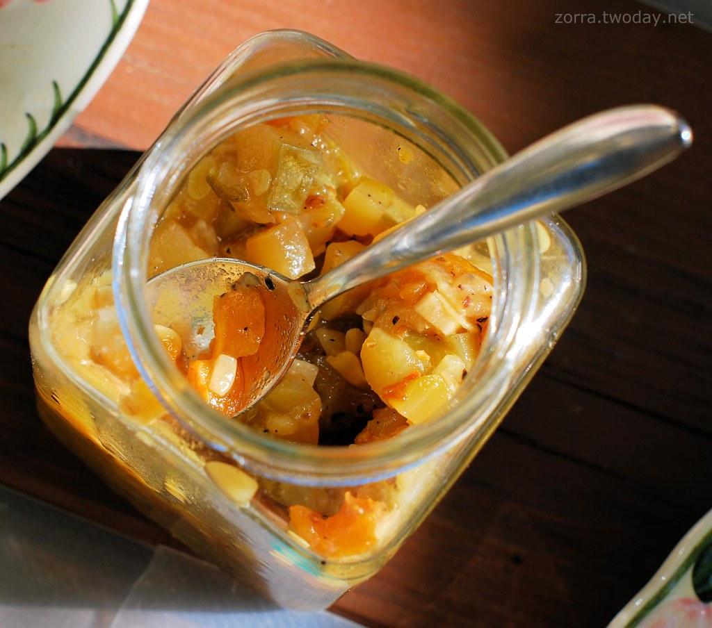 Blog-Event LXVIII - Geschenke aus der Küche - Zucchini-Mispeln-Chutney