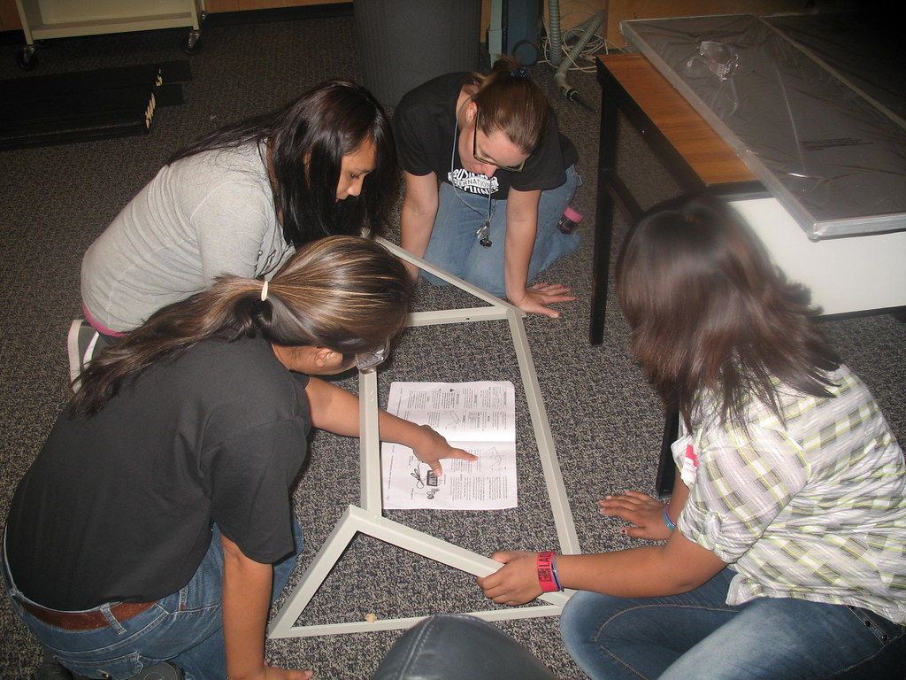 IBM Tucson employees and 30 Baboquivari High School students collaborate on green energy