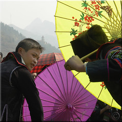 Hmong courting dance (NaPix -- (Time out)) Tags: life new portrait mountains love nature umbrella landscape dance buffalo year games ox vietnam celebration explore lunar journalism sapa hmong explorefrontpage exploretopten napix theyearofthebufalloox jawnshanochagoodheartnewyearinhmong
