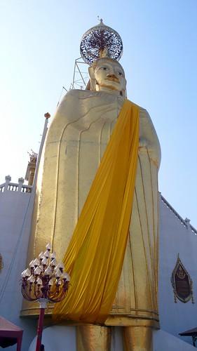 40 foot standing buddha