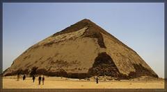 (916) Knickpyramide des Snofru / Snofru's Bent Pyramid / Dahschur / Egypt (unicorn 81) Tags: africa old travel history sahara architecture trekking geotagged northafrica egypt unesco egyptian pyramids egipto bentpyramid dahshur 2009 ägypten egitto egypte reise egypten weltkulturerbe rundreise roundtrip egipt pyramiden égypte mapegypt misr nordafrika egypttrip april2009 dahschur ægypten aegyptus anticando αίγυπτοσ ægyptusintertravel ägyptenreise schulzaktivreisen meinjahr2009