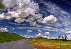 [フリー画像] [人工風景] [道の風景] [空の風景] [雲の風景] [アメリカ風景]      [フリー素材]