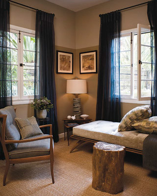 Ideas for small spaces: Using 2 paint shades + hanging curtains high: 'Drab' + 'Light Gray' by Farrow & Ball
